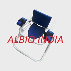 Albio CP Walker With Wheels / Gaiter With Arms Support Pad And Hand Grips